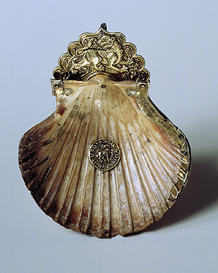 Drinking Vessel made from a Seashell. Mid-13th - 14th century in Cilician Armenia. (Hermitage Museum, Russia)