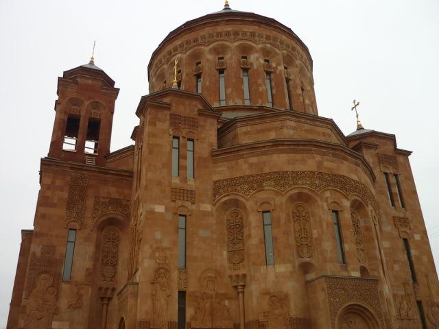 Armenian church in moscow2