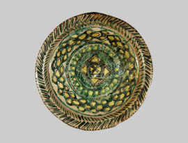 Glazed tray from Dvin 9th c