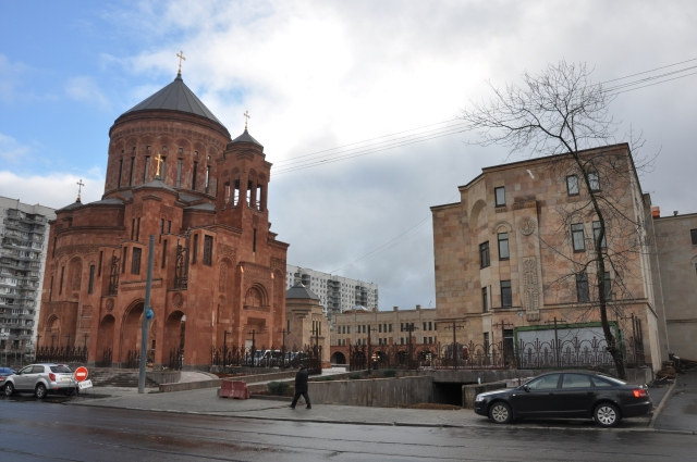 Monastery_complex_of_Armenian_Apostolic_Church_in_Moscow